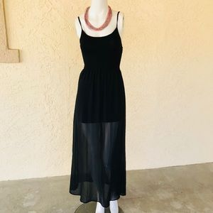 Forever 21 layered black maxi dress Small